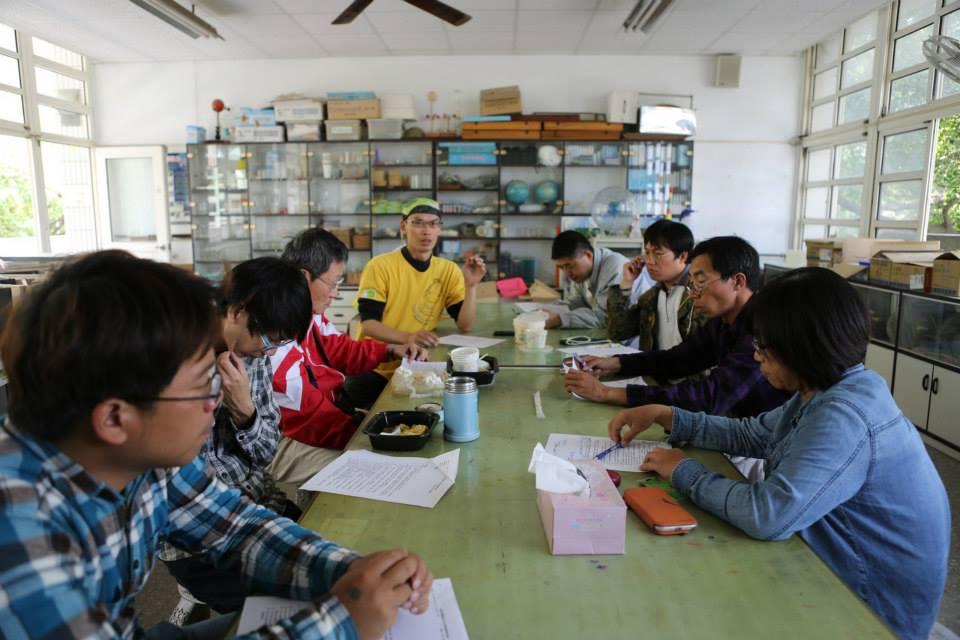 台灣永聯盟每年都會招開金黃鼠耳蝠的保育治理會議